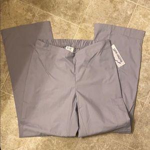 NWT buttersoft scrub pants sz M